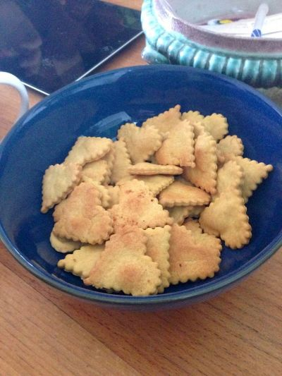 Quick and easy dairy-free cheese crackers